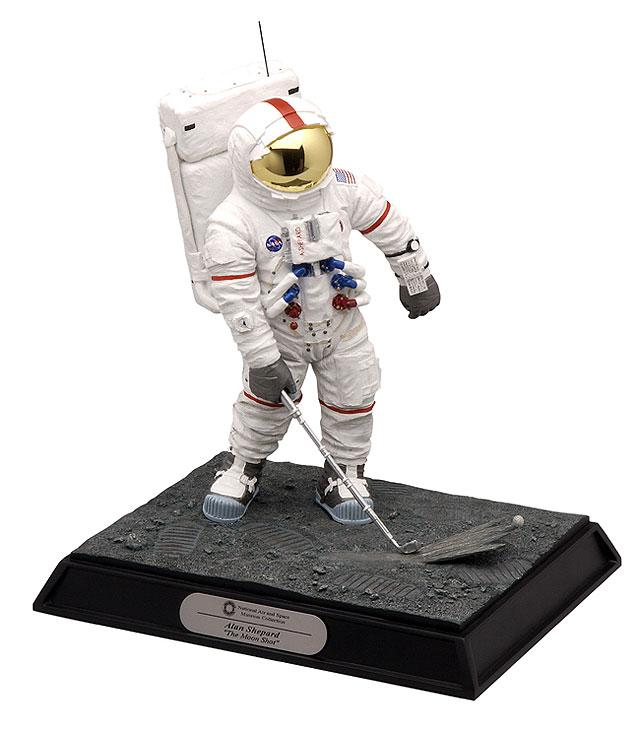"Figurine Alan Shepard Apollo 14 ""Golf Shot"" 33267010"