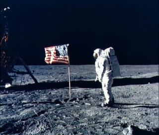 BD : les Russes sur la lune 33a00710