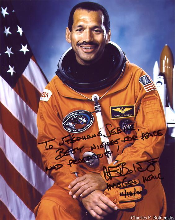 Michael Griffin quitte la NASA, Bolden pour le remplacer - Page 8 Bolden10