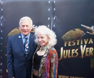 Buzz ALDRIN encore à Paris le 24 avril / Le Jules Verne Festival - Page 3 Dscn7017