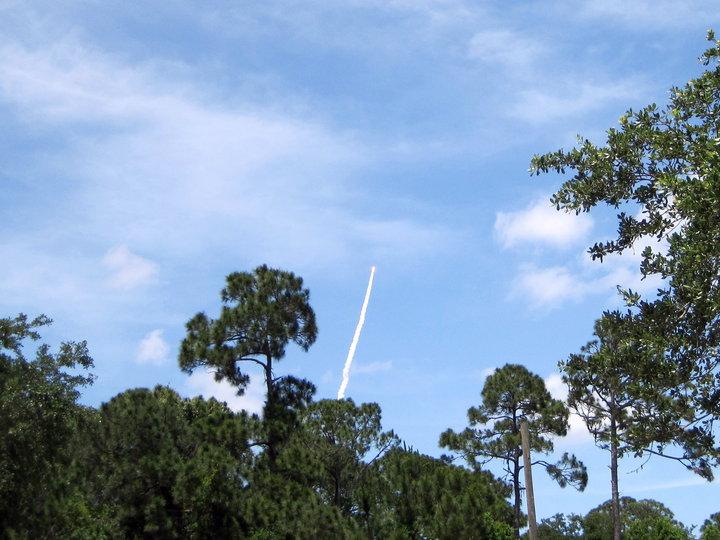[STS-132] Atlantis : fil dédié au lancement. (14/05/2010 à 20h19) - Page 16 Eileen10