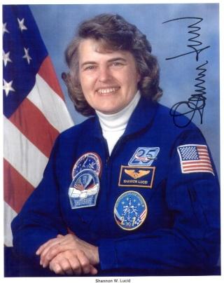 [STS-130 endeavour]ISS20A  EVA#3 Behnken & Patricks. fil Lucid_10