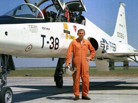 Disparition du pilote d'essai NASA Joe Algranti Obitua10