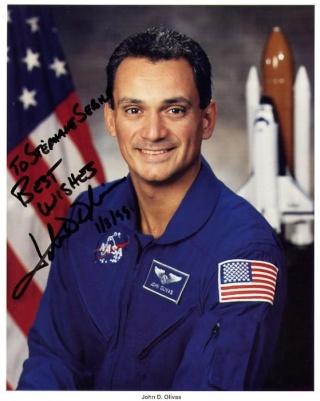 Départs d'astronautes et de cosmonautes Olivas10