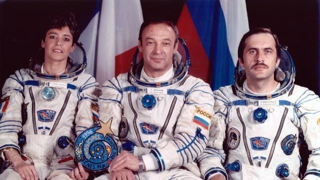 Frank De Winne pour un vol de longue durée - Page 5 Soyuz-12