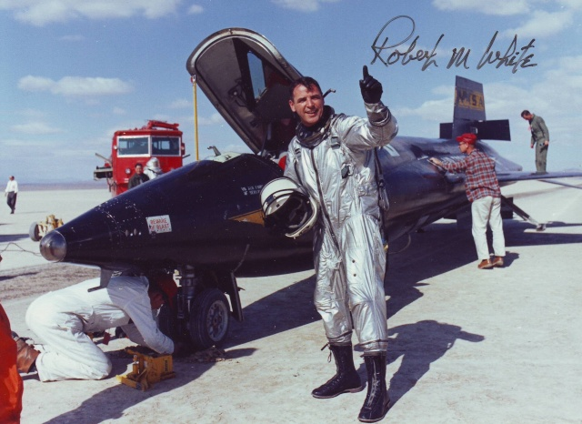Disparition de Robert White, pilote de X-15 et Astronaute White_10