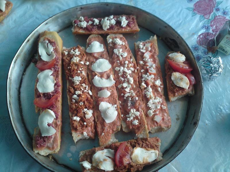 Recette facile 2: Les baguettes-pizzas P18-0610