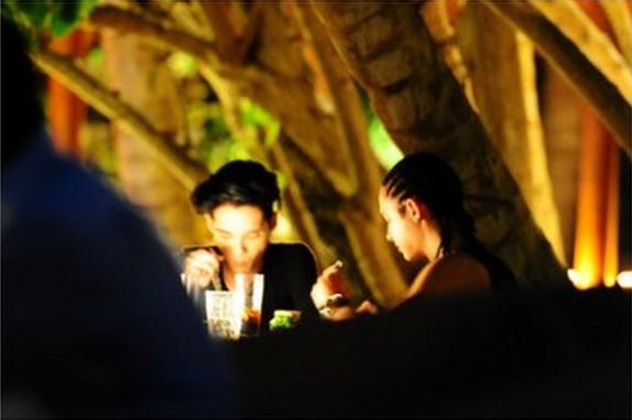 [Photos] les Twins aux Maldives Maldiv19