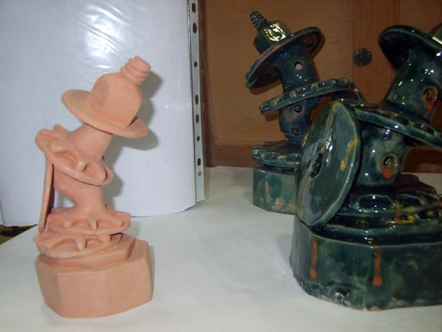 من أعمال السنة الثالثة خزف 2008-09 Céramique Xl800112