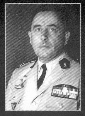 CAILLAUD colonel - légion en indochine qui se termine à DBP - 2e REP en Algérie dont il devient le CDC en 1963 Cailla11