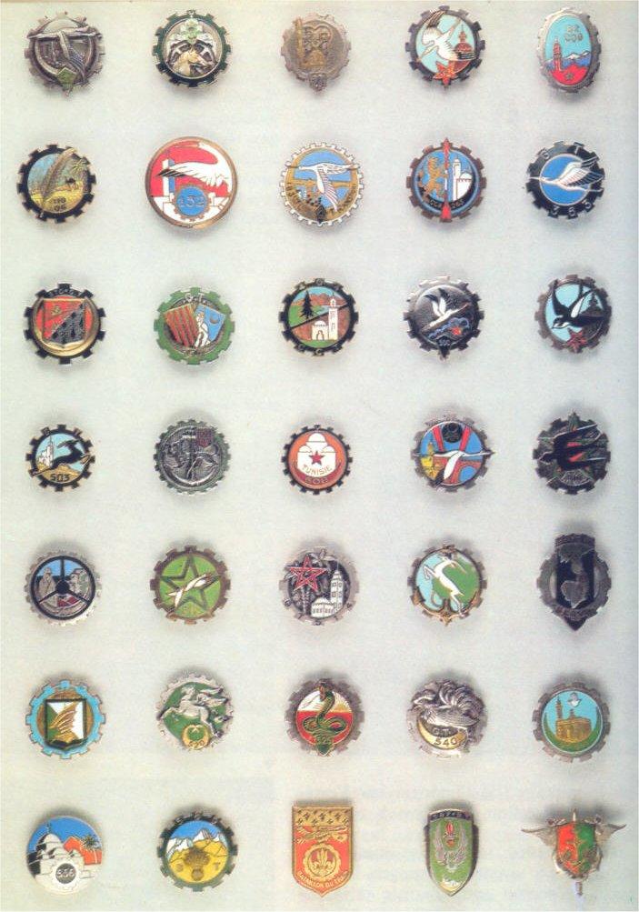 insignes de toutes les unités ayant servies en algérie Insign25