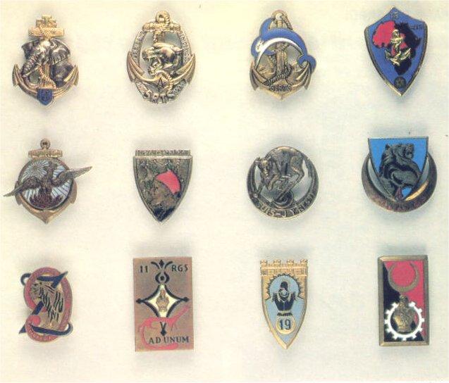 insignes de toutes les unités ayant servies en algérie Insign27