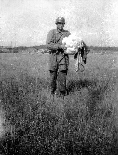 Parachutistes Allemands Para-a10