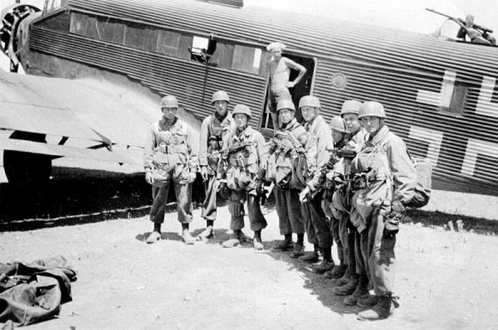 Parachutistes Allemands Paras-10