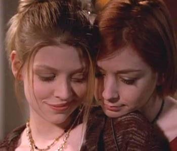 Willow & Tara Tara_w10