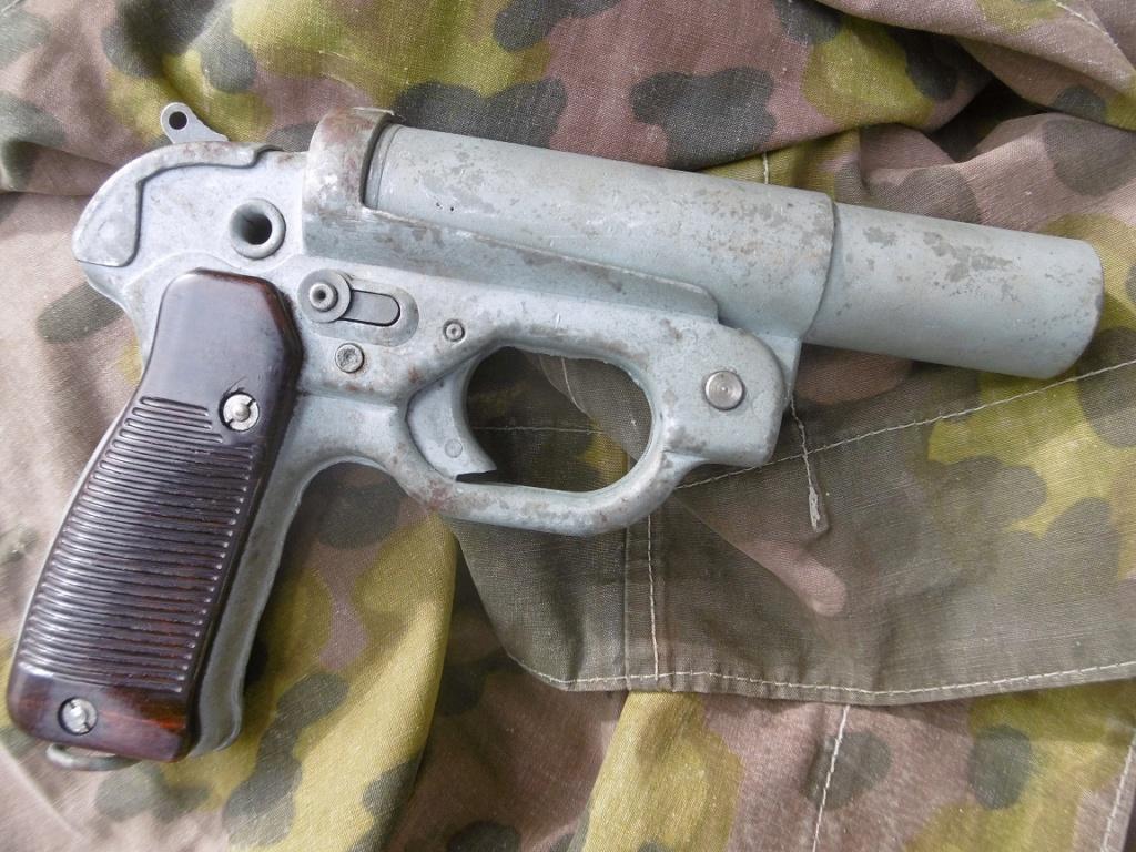 Leuchtpistole 42 Lp213