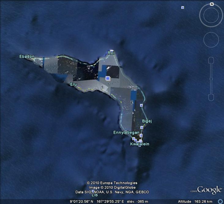Les objets familiers vus sur Google Earth : écrous - tapis - planche... & caetera - Page 5 Pistol10