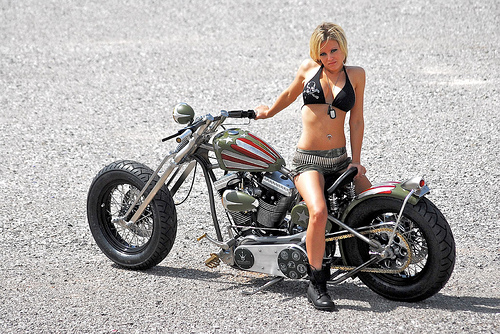 girls and cars or bike - Page 2 30028710