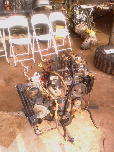 Estou vendendo a mecânica completa da Cherokee p/ colocar em quarquer 4x4 Imag0238