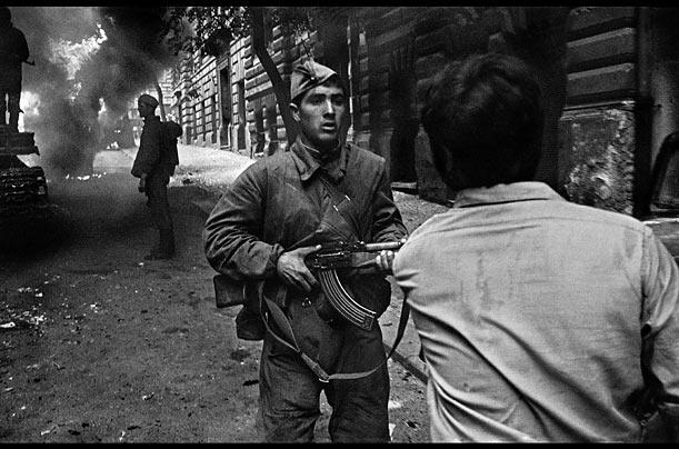 21 août 1968, parachutiste soviétique à Prague, opération Danube 1111