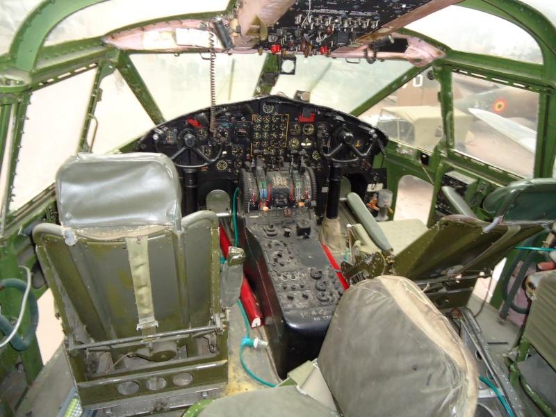 Le C119 du musée de l'Armée à Bruxelles Dsc00016