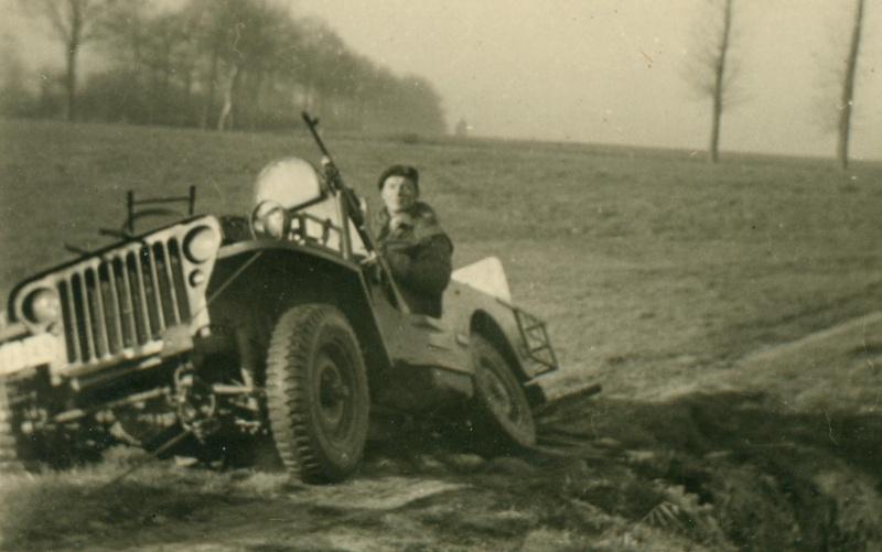 Passera..passera pas? Tervuren 1948. Jean_p31