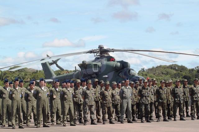 Armée vénézuélienne  Base-a10