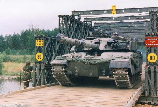 Armée sud-Africaine Chall110