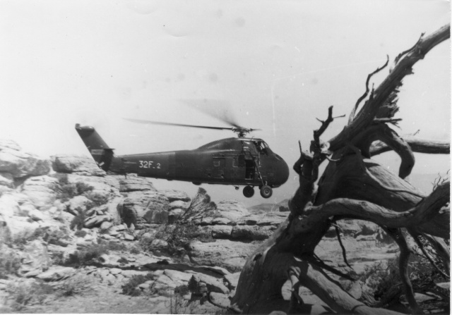 [Aéro divers] Le GHAN-1 (31F, 32F et 33F) en Algérie... - Page 7 Helico12