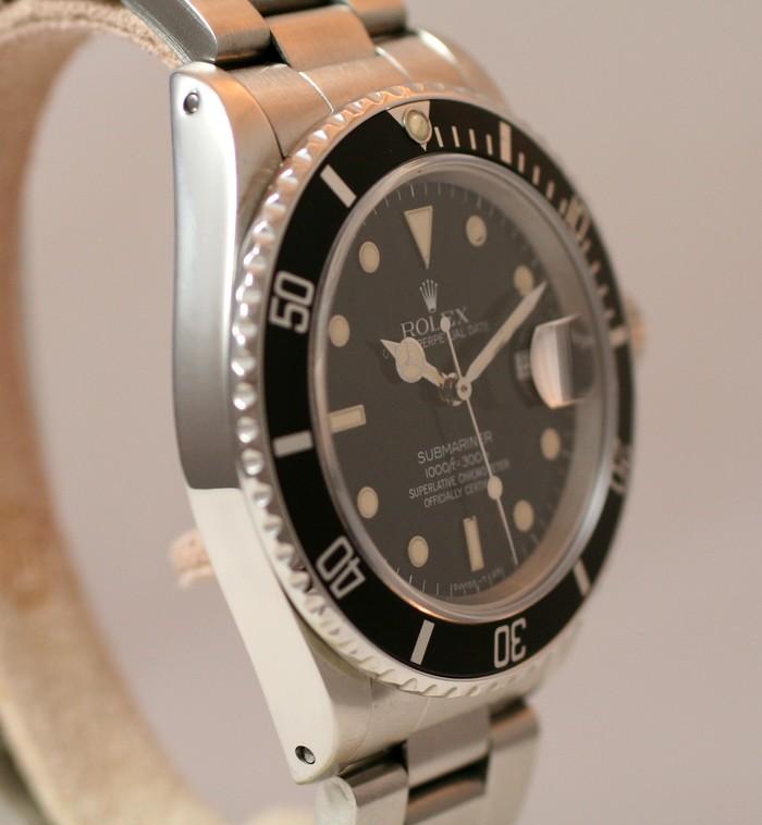 (Vendue) Rolex SubmarinerRéf : 16800 Img_1324