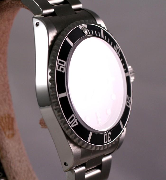 (Vendue) Rolex SubmarinerRéf : 14060 M Img_8311