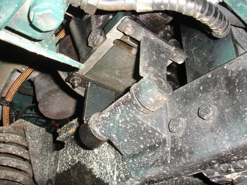 pompe hydrolique origine 411 Dsc09811