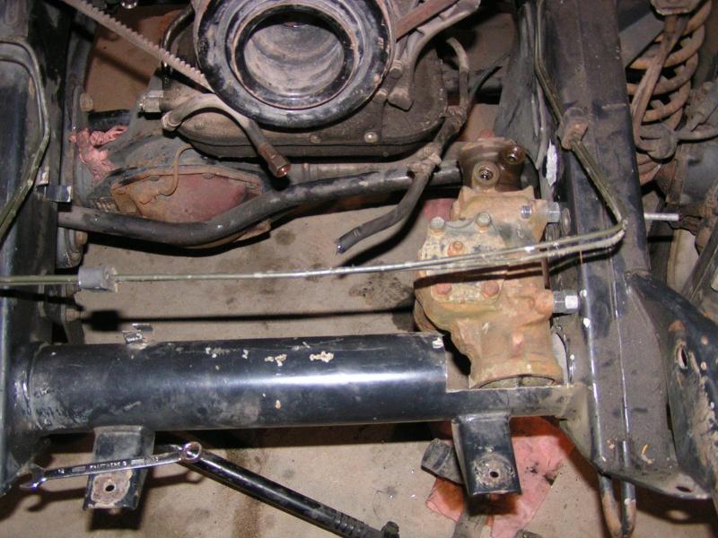 CJ 7 sur chassis mercedes et V8 mercos - Page 2 Pict5216