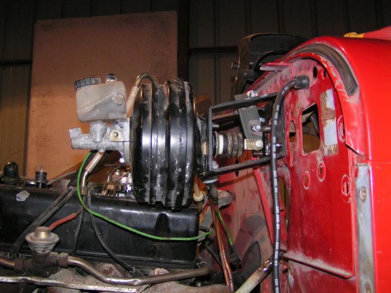 CJ 7 sur chassis mercedes et V8 mercos - Page 4 Pict5312