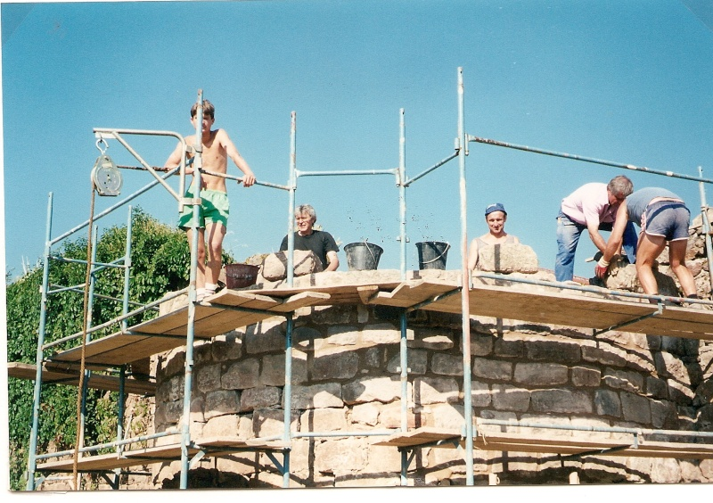 Restauration de la tourelle du mur d'enceinte chez Mr.Kratz 2110