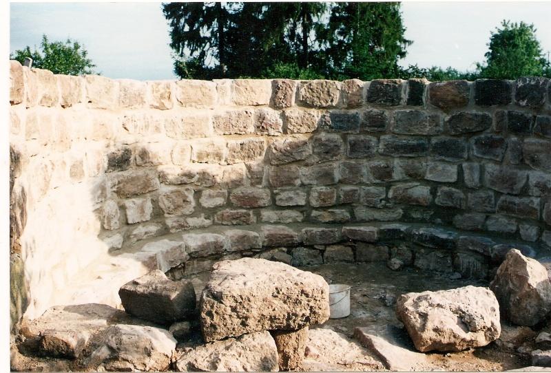 Restauration de la tourelle du mur d'enceinte chez Mr.Kratz 3710
