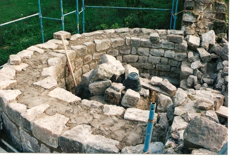 Restauration de la tourelle du mur d'enceinte chez Mr.Kratz 3810