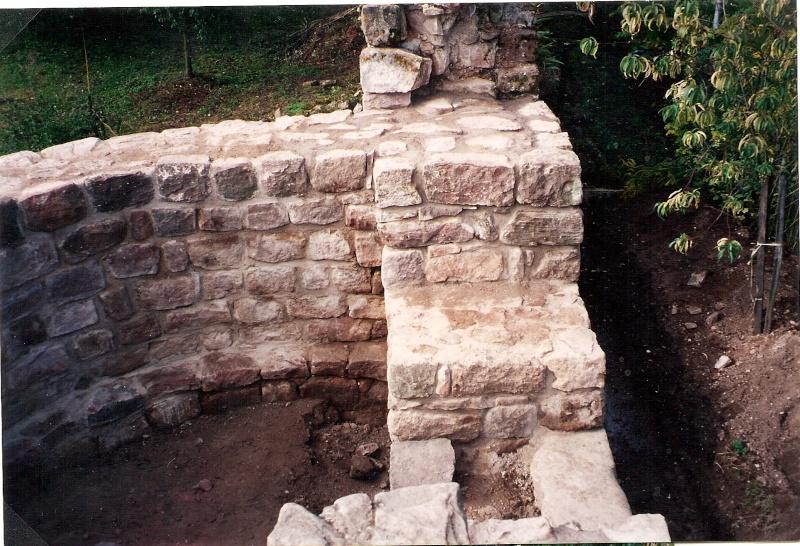 Restauration de la tourelle du mur d'enceinte chez Mr.Kratz 4010