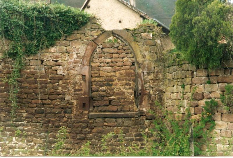 Restauration de la tourelle du mur d'enceinte chez Mr.Kratz 410