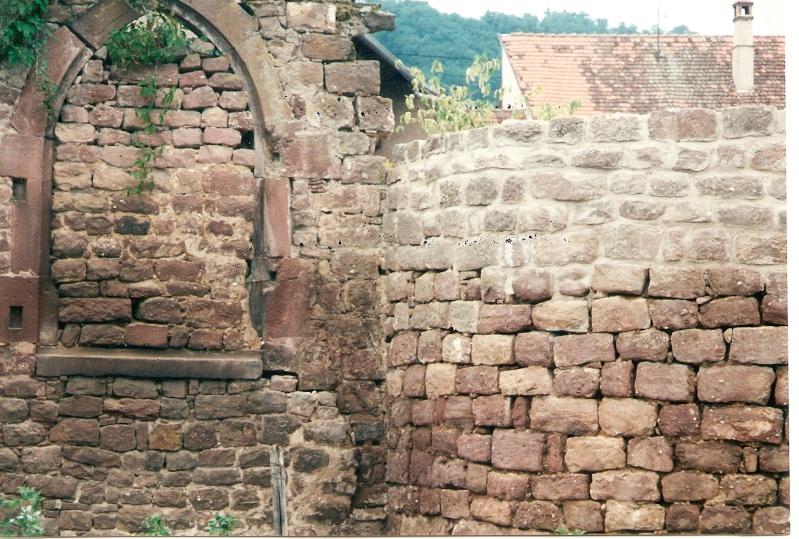 Restauration de la tourelle du mur d'enceinte chez Mr.Kratz 4210