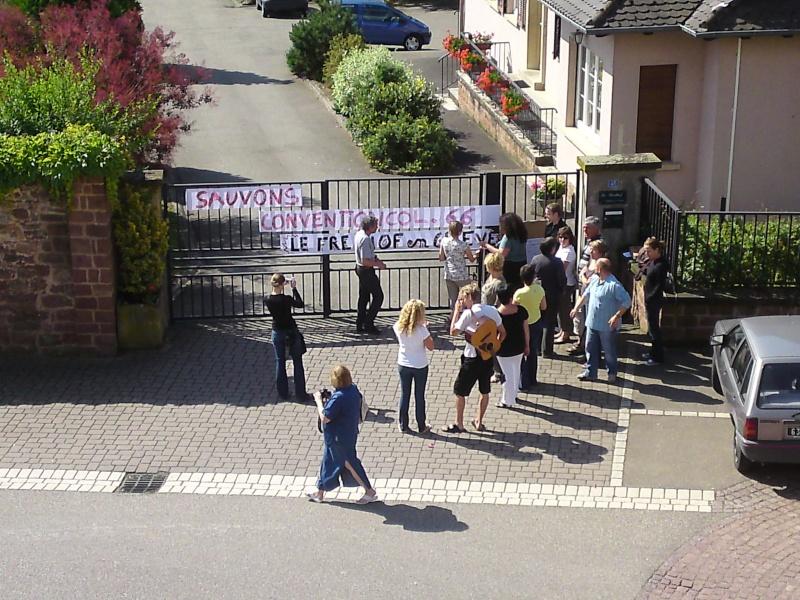 Mercredi 10 juin 2009 :jour de grève au Freihof à Wangen P10-0611