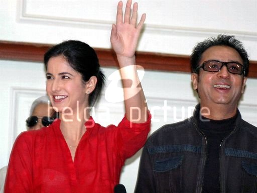 katrina kaif at Press Meeting Rajniti Raajne10