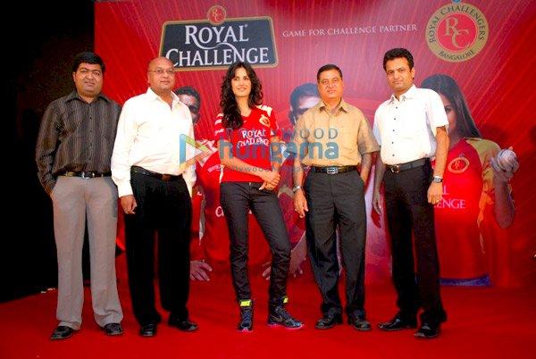 IPL Royal Challengers fans get a Royal treat with Katrina Kaif Still110