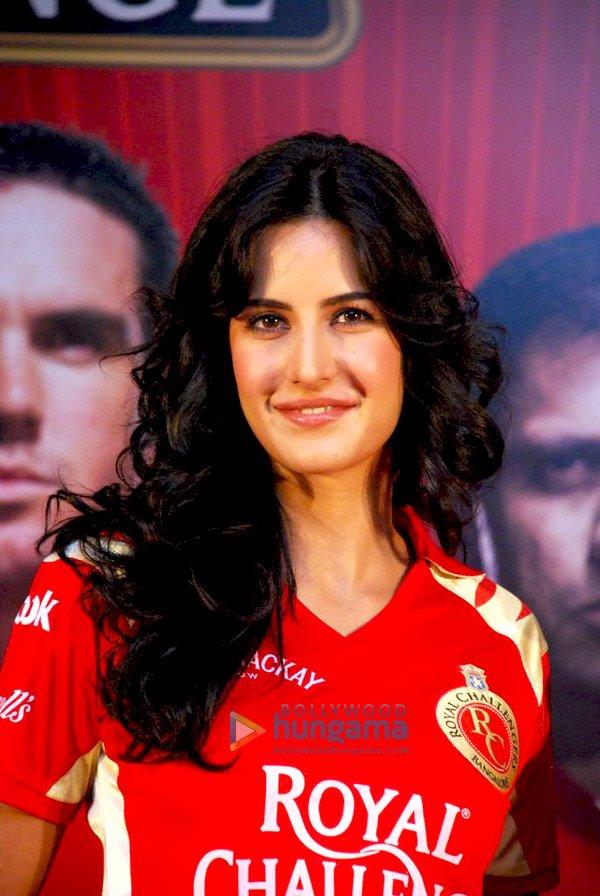 IPL Royal Challengers fans get a Royal treat with Katrina Kaif Still111
