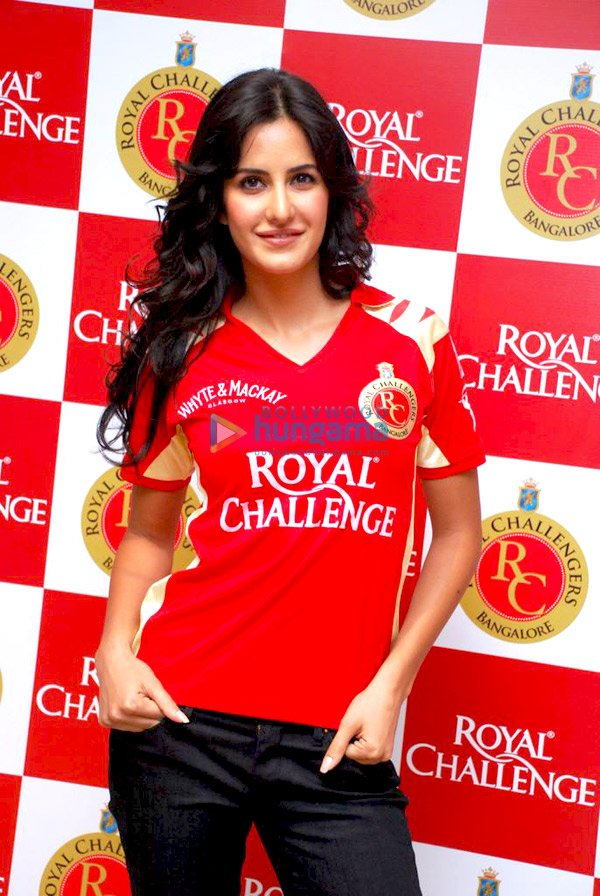 IPL Royal Challengers fans get a Royal treat with Katrina Kaif Still210