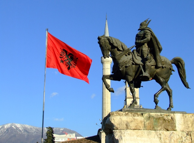 Pictures and Statues of Scanderbeg 53926710