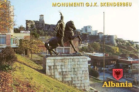 Pictures and Statues of Scanderbeg S_kruj12