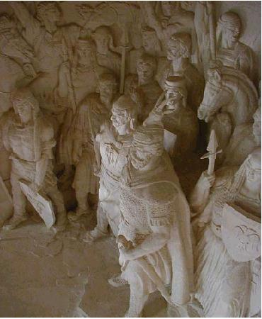 Pictures and Statues of Scanderbeg Skende22