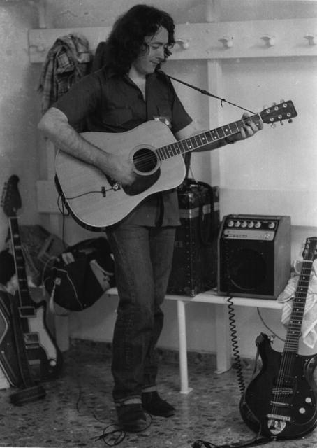 Guitares acoustiques Hewitt10