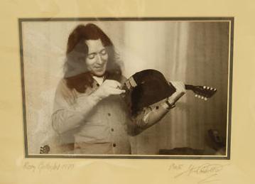 Mandolines, Bouzoukis et Lap steels - Page 2 Image_56